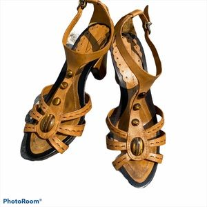 Vince Camuto leather tiger eye stone heeled sandal